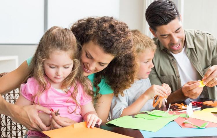 1100_parents_bond_with_kids